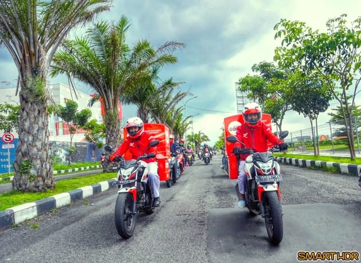 Sepeda motor Honda trouble di jalan kontak Honda Care Jawa Timur brosis. (4)