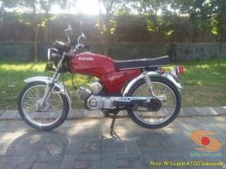 Kumpulan foto motor jadul Suzuki A100 (35)