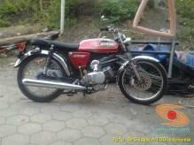 Kumpulan foto motor jadul Suzuki A100 (8)