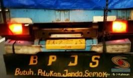 Kumpulan tulisan stiker bak truk dan kata kata mutiara untuk sopir (17)