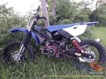 Kumpulan modifikasi trail odong-odong basis mesin Honda Supra X 125 brosis (11)