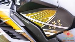 Gambar detail Honda CBR250RR SP Quick Shifter warna Special Edition Garuda X Samurai tahun 2020 (13)