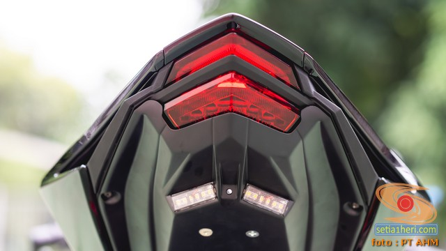 Konsep Modifikasi Honda CBR250RR SP Quick Shifter tahun 2020 (9)