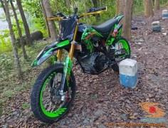 Kumpulan gambar Supermoto decals hijau (1)
