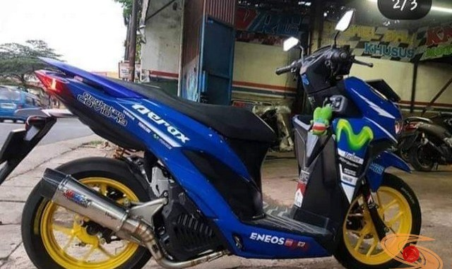 Modifikasi Honda Vario livery Yamaha Aerox....hehehehe