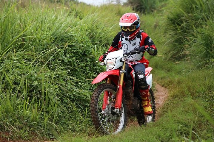 Daftar Riding Gear buat memotoran Off road, monggo disimak
