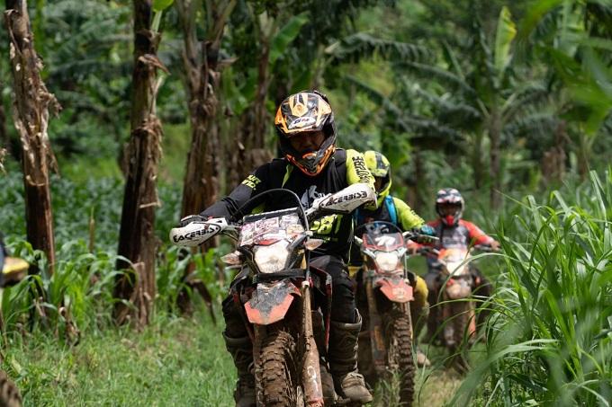Honda CRF150L Jelajah Alam trabass Lembah Dieng, Gunung Kawi dan Cuban Glotak tahun 2020 (1)