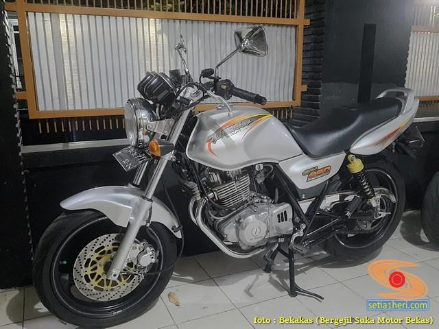 Kelebihan dan kekurangan Suzuki Thunder 250 tahun 2002 (5)
