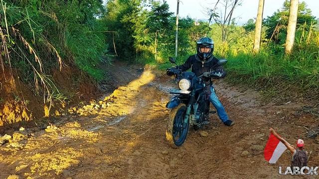 Modif Honda Verza CB150 simple dan minimalis bikin ganteng brosis