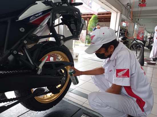 Cara merawat rantai sepeda motor biar awet dan oCara merawat rantai sepeda motor biar awet dan optimal brosis...ptimal brosis...