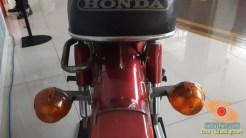 Lebih dekat dengan motor bebek lawas Honda super cub C70 alias si pitung (10)