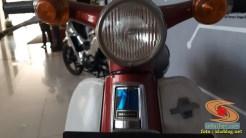 Lebih dekat dengan motor bebek lawas Honda super cub C70 alias si pitung (9)