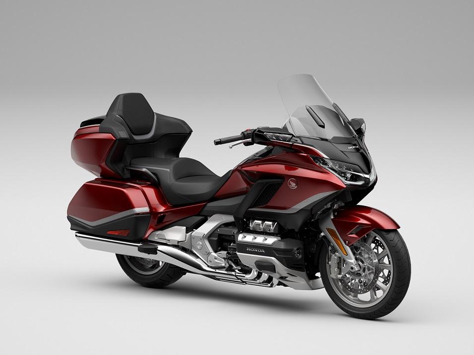 Honda GL1800 Gold Wing tahun 2021, desain dan fitur semakin premium gans.. (2)