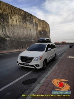 Pengalaman buruk suka duka pakai roofbox pada mobil (6)