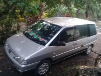 plus minus Review sekilas motuba MPV Peugeot 806 HDI