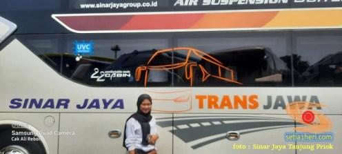 Tarif Bus Suites Class Sinar Jaya tujuan Jakarta - Madura (2)