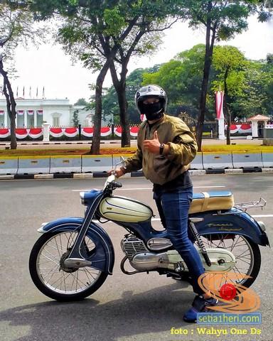 Restorasi motor antik dan unik DKW Hummel Super tahun 1960 asal Jakarta (4)