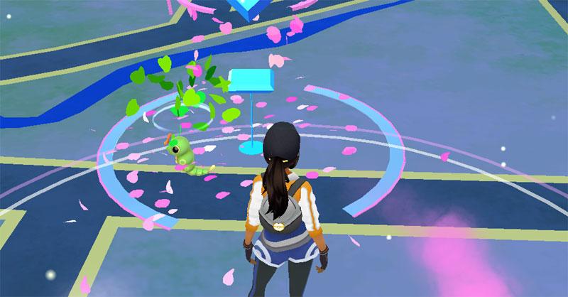 A combinação pokestop com lure + incenso fica duplamente vantajosa com o Lucky Egg ativado