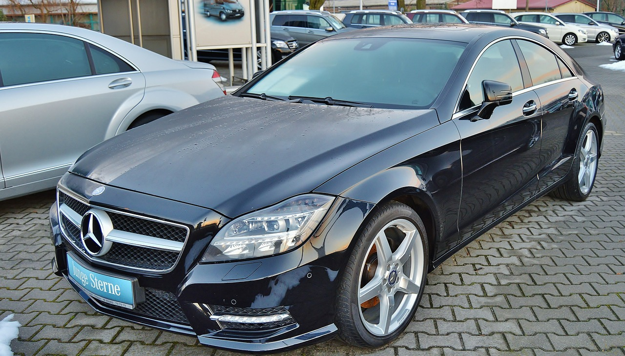 black-mercedes-car