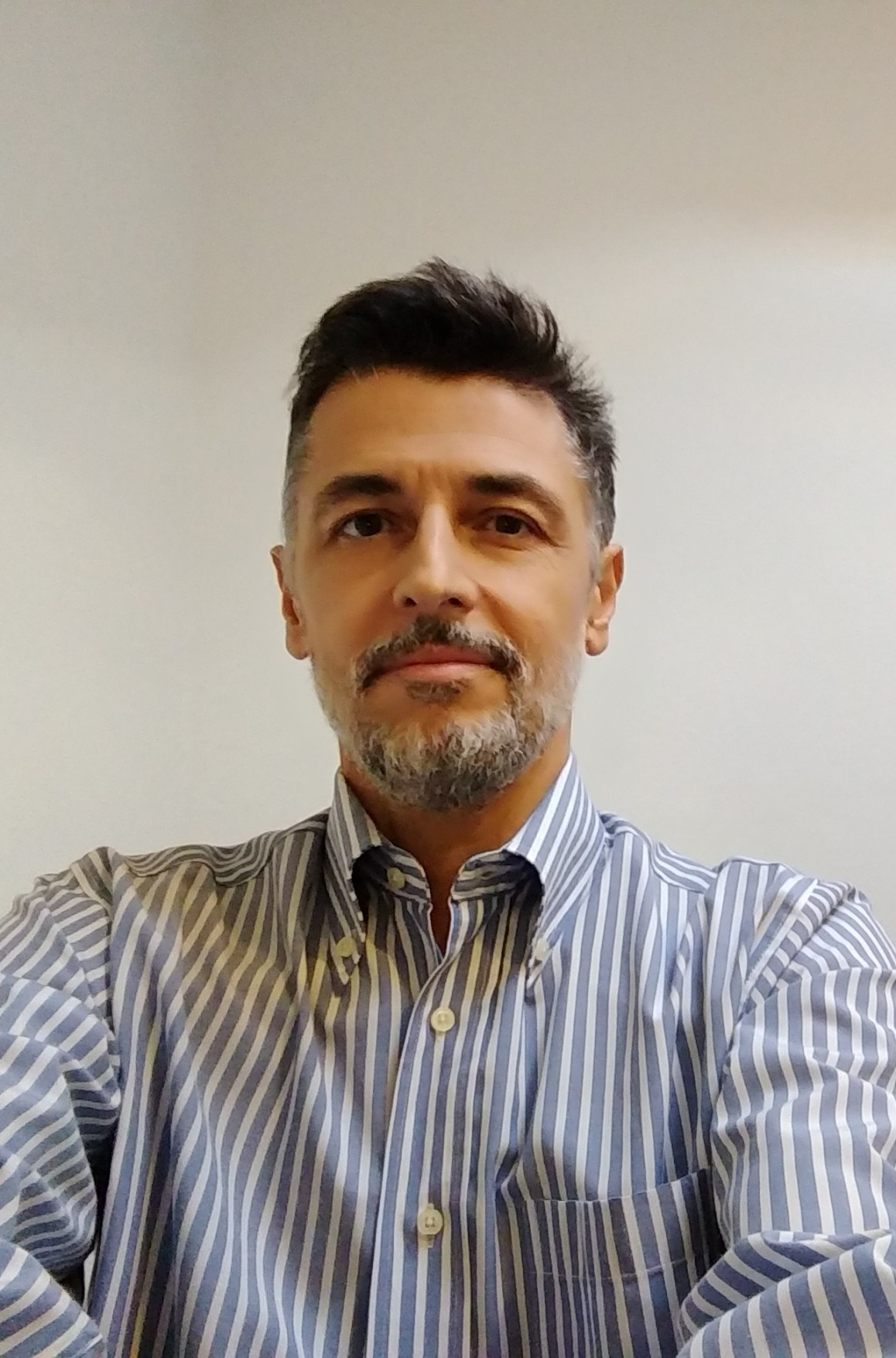 Dr. Marcos Avellar