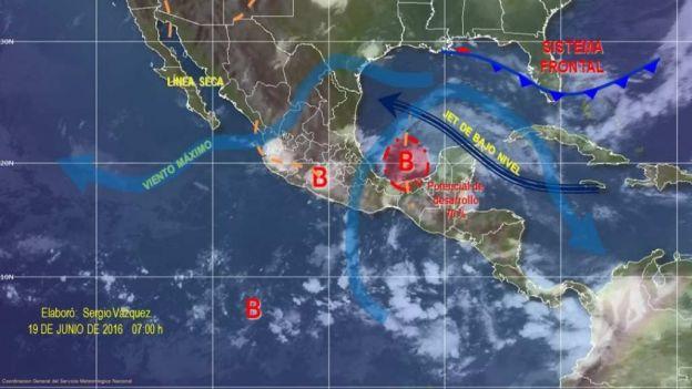 Tormenta Daniel se intensifica frente a Veracruz