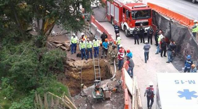 Derrumbe en obra del Tren Interurbano deja un muerto en la México-Toluca