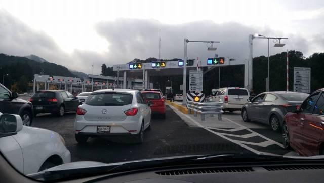 Un desastre la autopista La Marquesa-Toluca a unas horas de ser inaugurada
