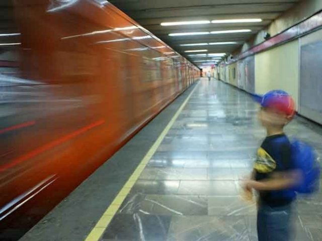 Reportan a niño perdido en estación Santa Anita del Metro