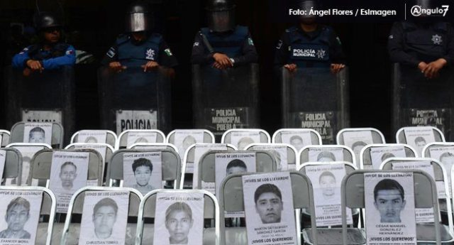 Más de 8 mil personas se manifestaron a dos años de los hechos de Ayotzinapa