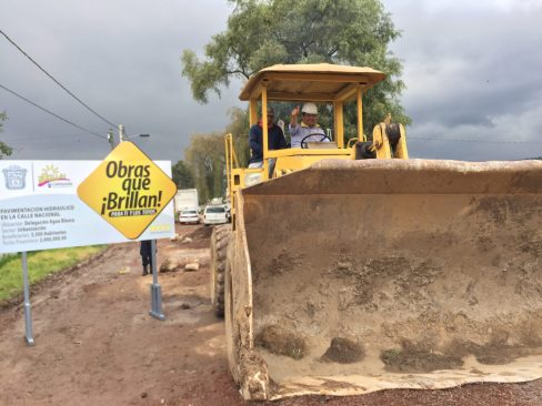 8 millones de pesos en obras de Pavimentación y aulas en Capulhuac