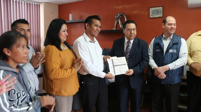 Investigan a alcalde de Ixmiquilpan por contratar a esposa y hermanos