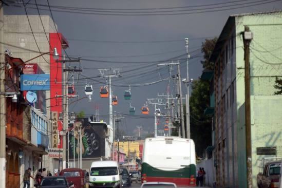 Frecuentes asaltos a las afueras del teleférico de Ecatepec (video)