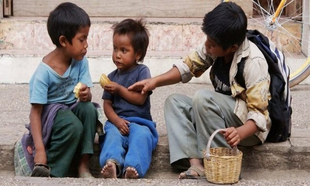 En México ocho de cada 10 jóvenes son pobres