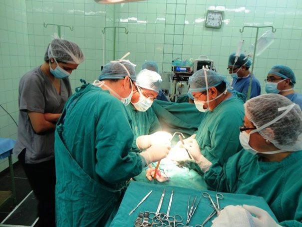 Realiza ISSEMyM primer trasplante de médula ósea