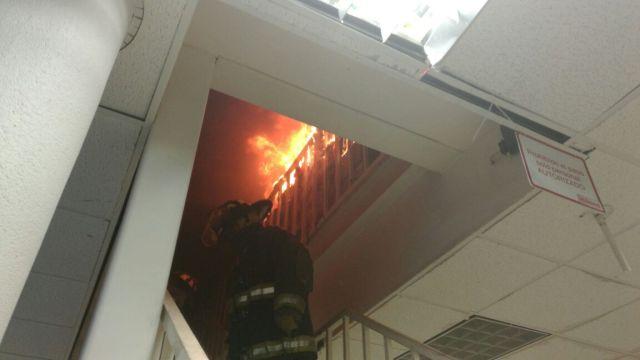 Se incendia tienda de ropa en el centro de Toluca