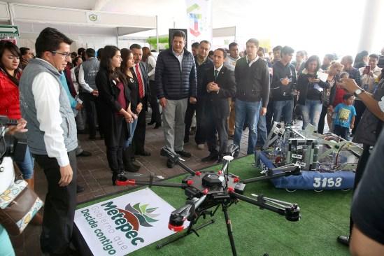 Inaugura Metepec primera feria municipal de ciencia y tecnología