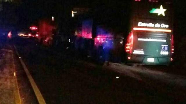 Un muerto y ocho heridos por accidente ocasionado por trailer
