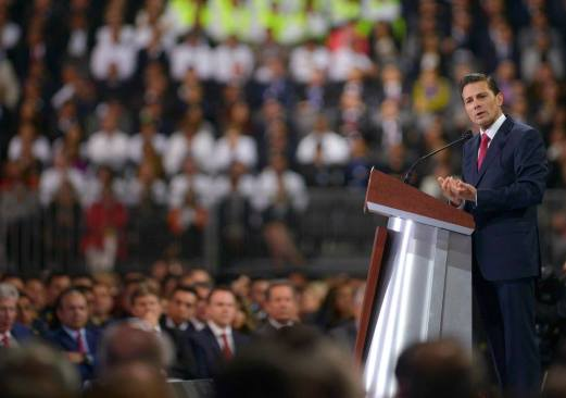 Convoca a la unidad nacional y hablar bien de México pide Peña Nieto