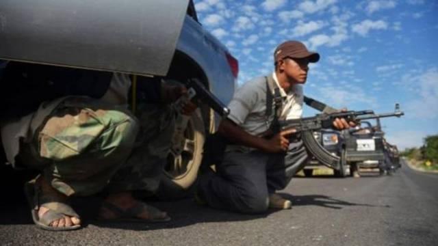 Enfrentamiento entre pobladores y comando armado deja 8 muertos en Guerrero