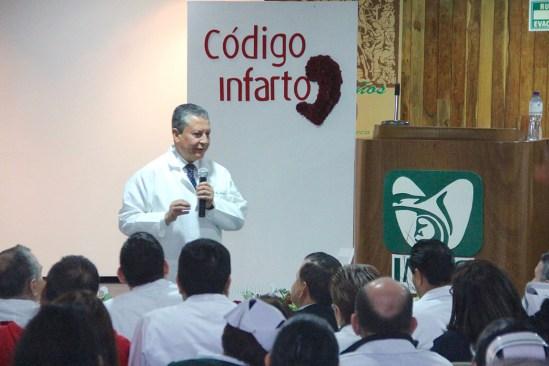 Consolida IMSS 24 estados con código infarto