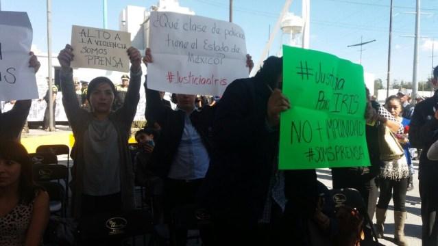 Protestan periodistas del Valle de Toluca para exigir justicia para Iris