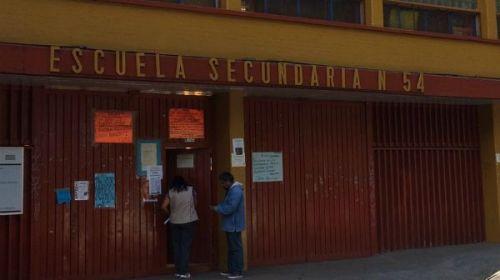 Encuentran una pistola en la mochila de un niño ahora en Azcapotzalco