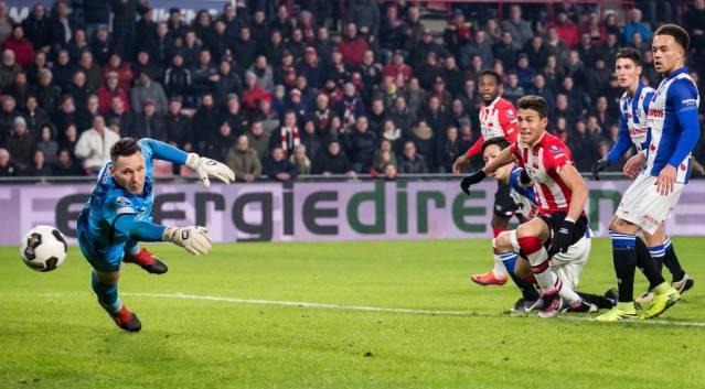 Héctor Moreno finiquita victoria del PSV Eindhoven