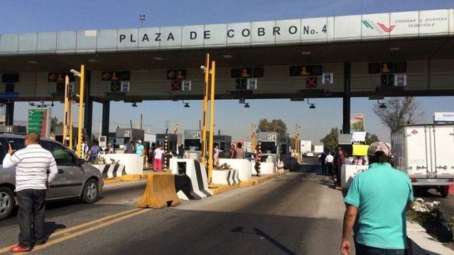 Toman caseta de Tepotzotlán y dan paso libre