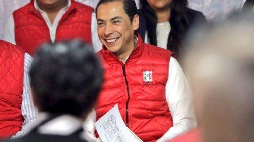Carlos Iriarte no se encarta ni se desencarta