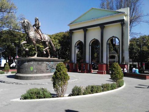 Parque Simón Bolívar, libre de comercio informal