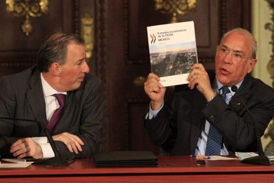 Tardó la eliminación de subsidio a las gasolinas: José Ángel Gurría