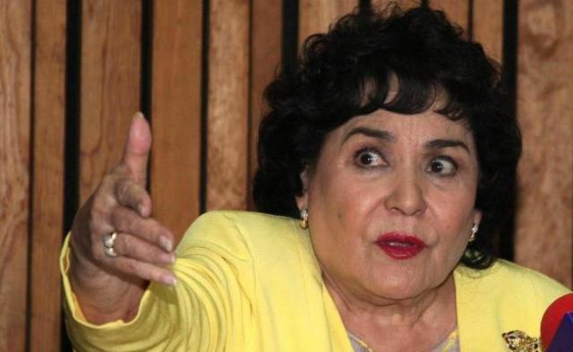 """""""El que tenga coche, que lo mantenga"""", Carmen Salinas y el gasolinazo"""