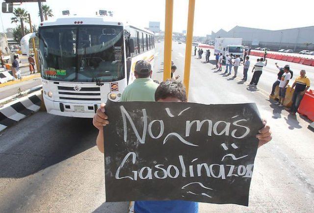 SCT quitará permisos a transportistas que bloqueen vías federales