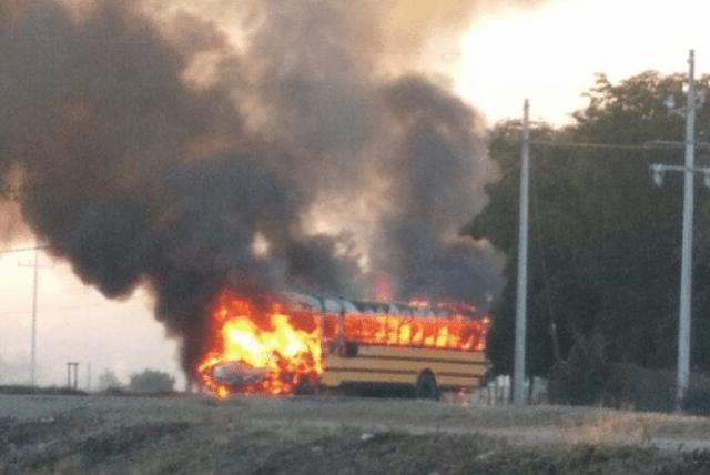 Balaceras y bloqueos en Navolato, Sinaloa